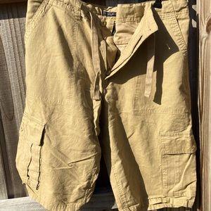 Men's linen shorts size 36